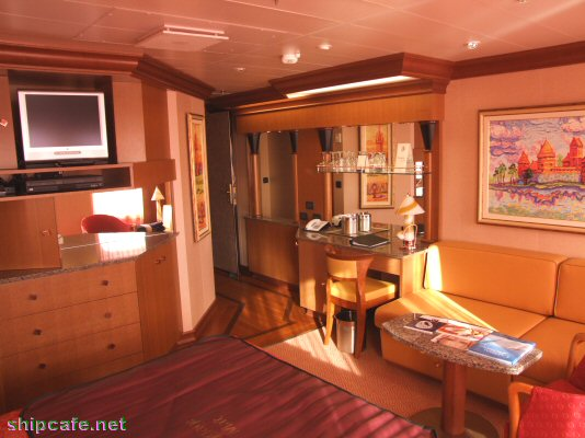 26 Looks Carnival Cruise Freedom Suites Youmailr Com